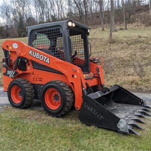 Bobcat Skid Steer Wheel Loader - Tractor SSV65 Kubota